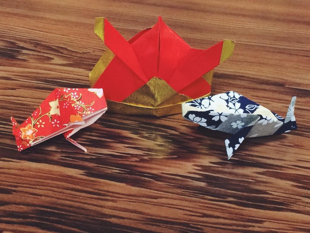 折り紙の兜と鯉