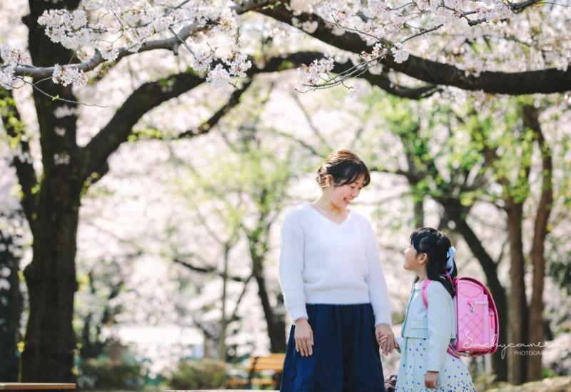 桜ランドセル母と娘