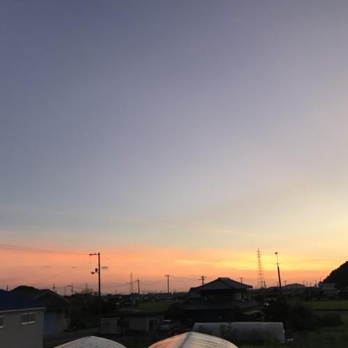丹原の朝日